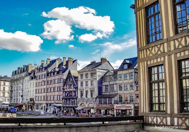 Rouen, França, cidade ligada à história de Ricardo Coração de Leão