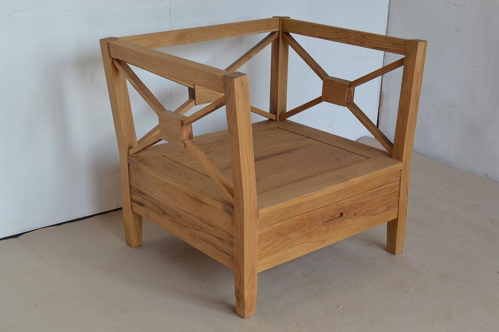 Crossback teak a seat