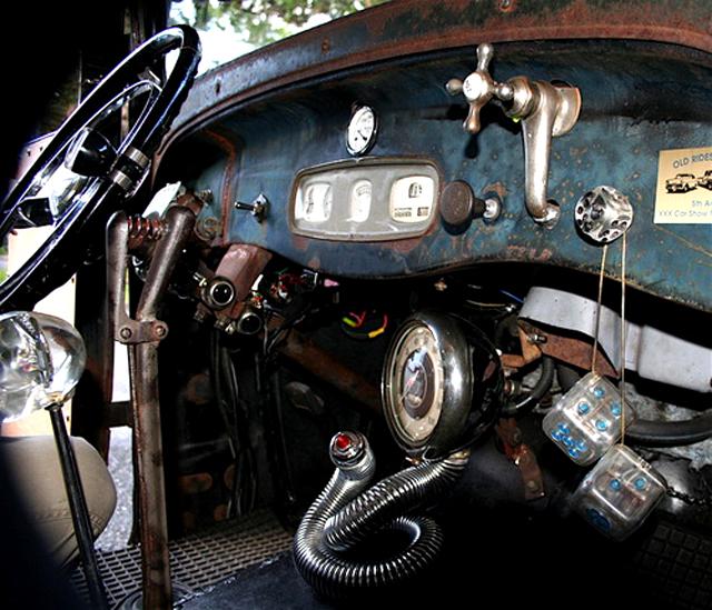 247 AUTOHOLIC: Cool Dash... Driver Gadgets
