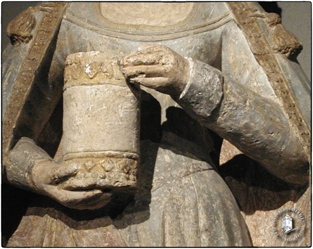 AUTUN (71) - Musée Rolin : Statue de Saint-Madeleine (XVe siècle)