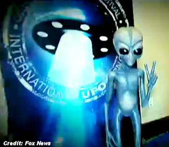 'Largest UFO Convention … Chock Full O' Space Alien Booths, Blowup Dolls, Little Green Men Sculptures'