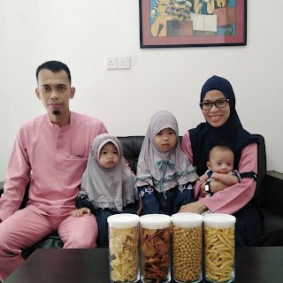 Mom queenmq and family
