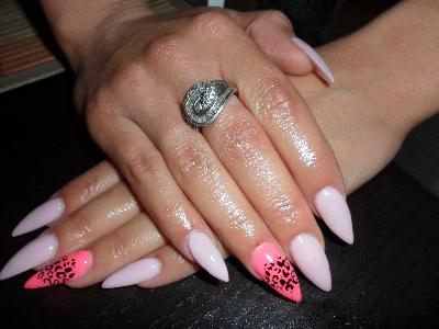 Latest Artificial Nails