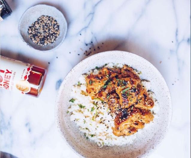 Paleo Crispy Sesame Chicken with Cauli Rice #easy #healthy