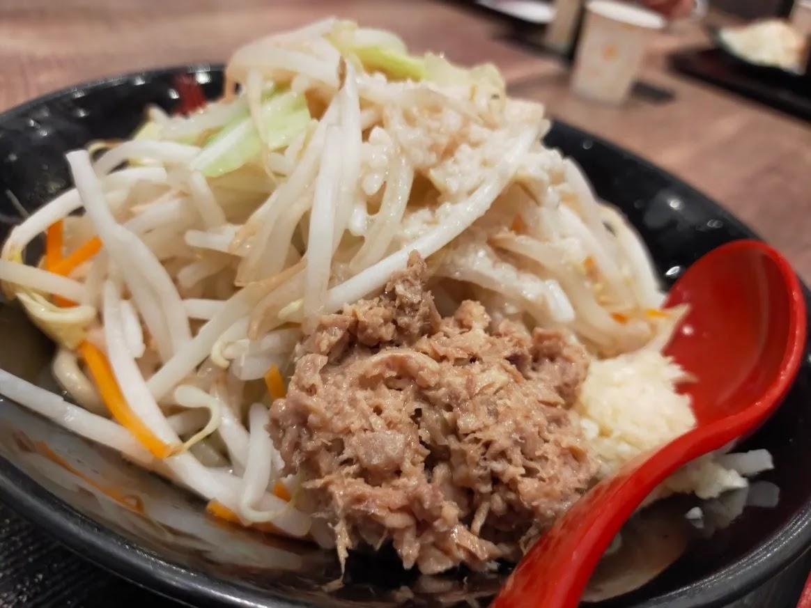 三田製麺所 イオンモール広島府中限定 二郎系・ニンニクアブラそば