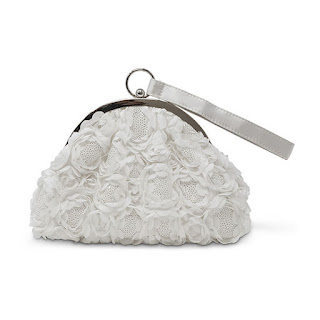 https://www.jcpenney.com/p/gunne-sax-by-jessica-mcclintock-jessica-evening-bag/ppr5007832489?pTmplType=regular&deptId=dept20000019&urlState=%2Fg%2Fpurses-accessories%3Fs1_deals_and_promotions%3DCLEARANCE%26id%3Ddept20000019&productGridView=medium&badge=fewleft