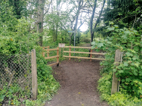 Shenley bridleway 38 which heads back to the car park