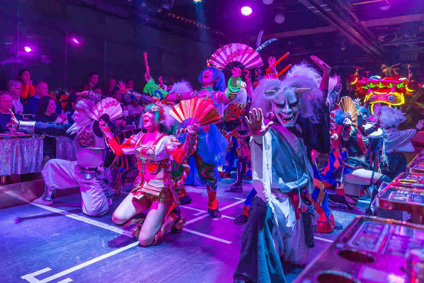 robot restaurant actors - 20 best things to see and do around the world
