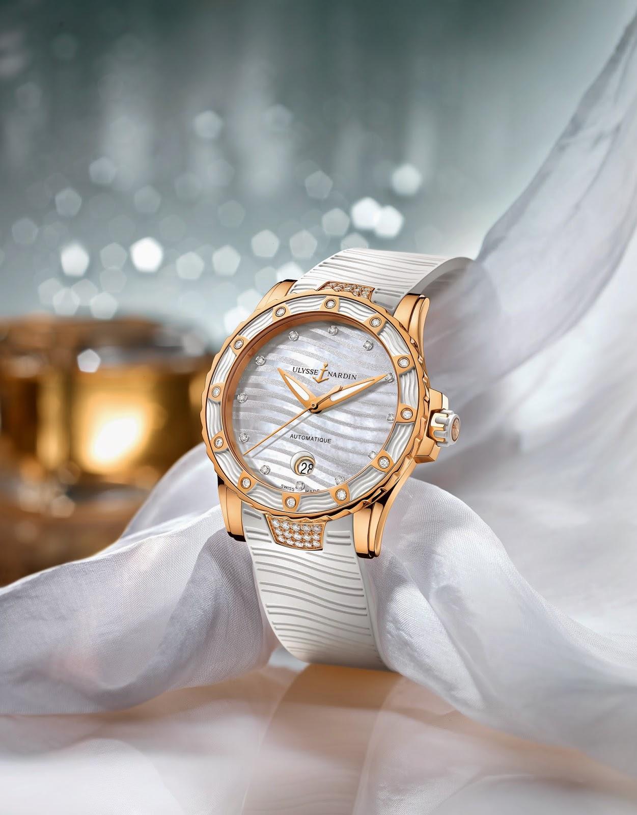 Lady Diver in Gold de Ulysse Nardin debajodelreloj 1
