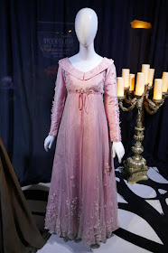 Hollywood Movie Costumes And Props October 2019,Cheap Wedding Dresses Near Me