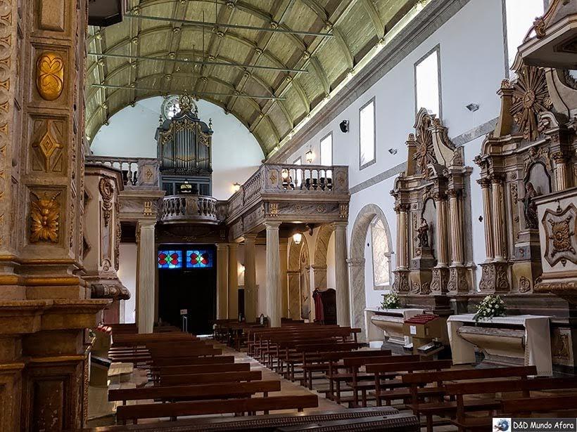 Interior do Santuário de Nossa Senhora de Nazaré - O que fazer em Nazaré Portugal