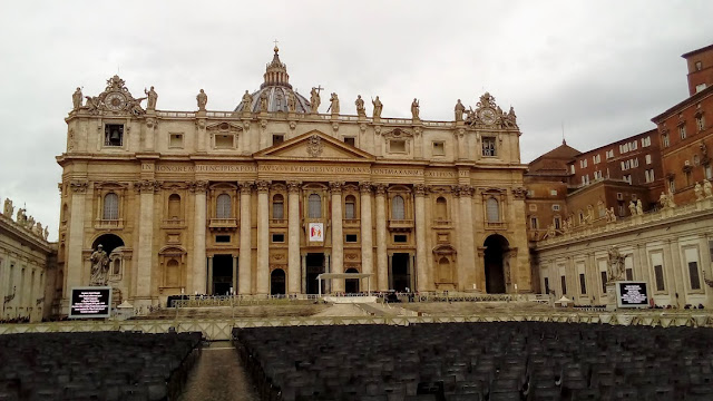 AD | Exploring The Vatican With Dark Rome Tours | Skip The Line Vatican, St Peter's Basilica & The Sistine Chapel | My First Time In Rome!