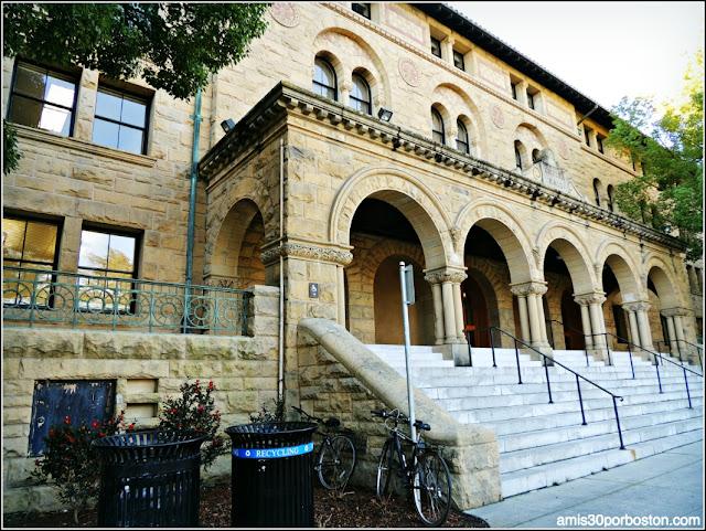 Encima Hall, Universidad de Stanford