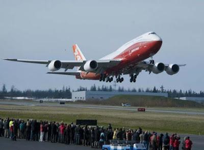 Στο εσωτερικό ενός πολυτελούς Boeing 747-8 VIP