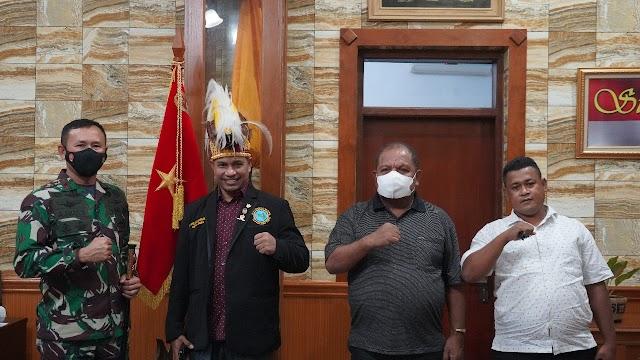 Danrem 061/Sk Terima Silaturahmi Ketua Dewan Pemuda Adat Papua