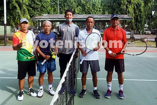 Tumbangkan Unggulan 2, Kusmeidi/Totok Melaju ke Final Kejuaraan Tenis Baveti Araya-Sier Surabaya Cup I tahun 2020