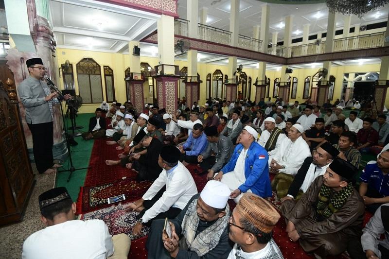 Subling di Bogor, Kang Emil Ingatkan Bahaya Hoaks