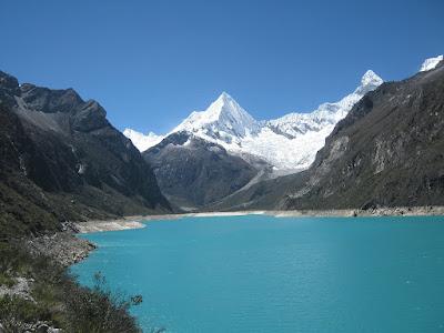 Laguna de Parón, Donde viajar en Semana Santa, Semana Santa Perú, Viajar en Peru en Semana Santa