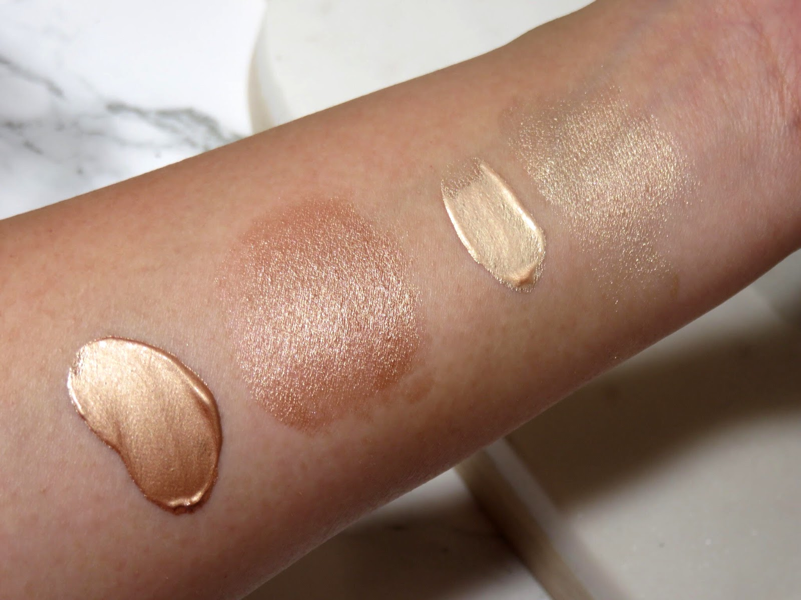 Dew Drops Coconut Gel Highlighter by Marc Jacobs Beauty #21