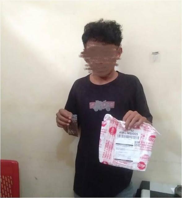 Polisi Amankan 2 Pelaku Pengedar Tembakau Gorila di Masohi.lelemuku.com.jpg