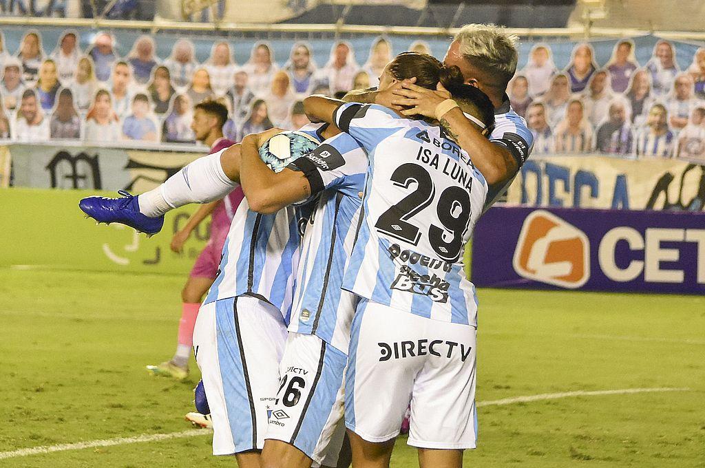 Vélez no hizo pie en Tucumán y perdió ante el local Atlético