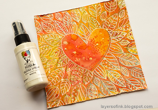 Layers of ink - Inky Heart Autumn Card Tutorial by Anna-Karin Evaldsson. Splatter with white paint.