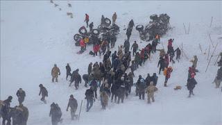 """""""أفاد"""" التركية: ارتفاع ضحايا الانهيارات الثلجية في """"وان"""" إلى 33"""