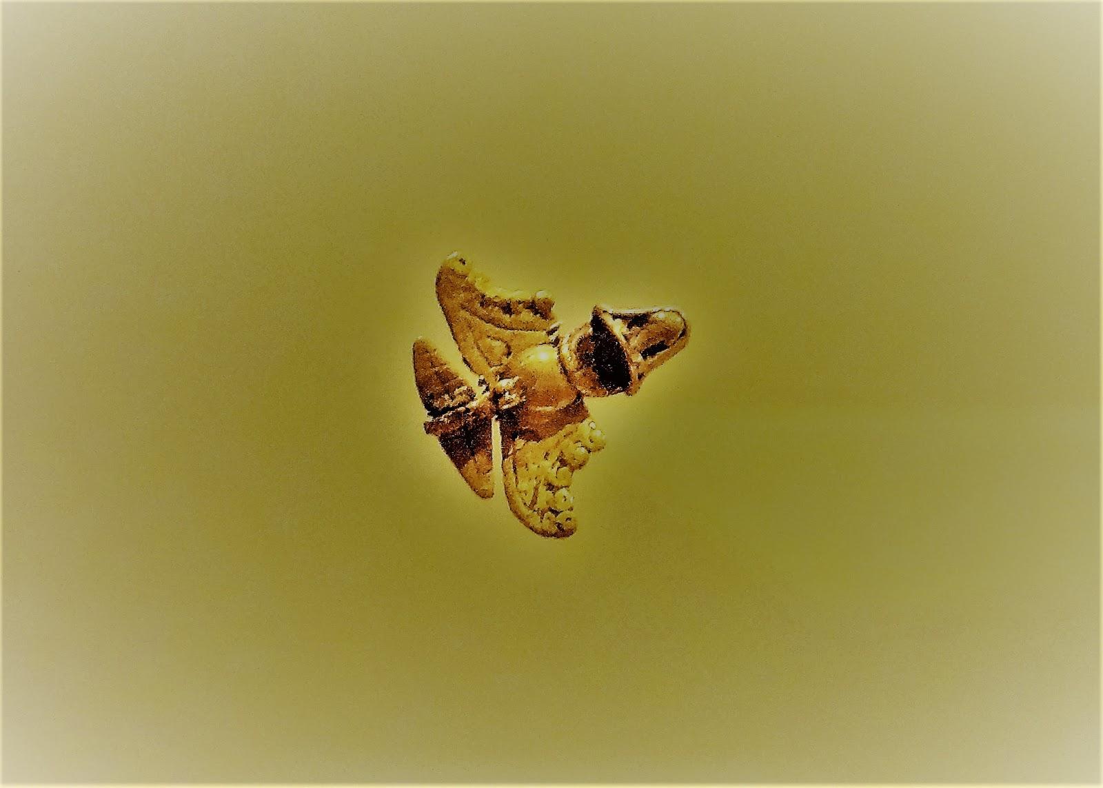 コロンビアのオーパーツ『黄金ジェット』とは一体何?