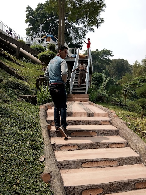 ISTORA JATILUHUR | CAFE & RESTO | Wisata Purwakarta