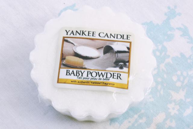Becky Bedbug: Yankee Candle Wax Tarts Review