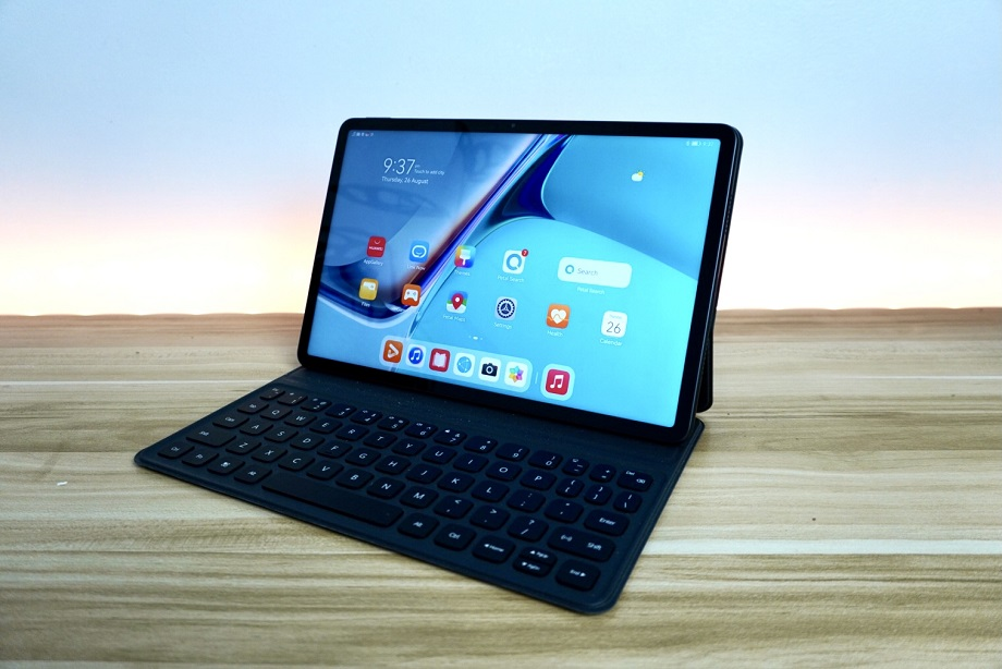 Huawei MatePad 11 Unboxing, First Impressions: AppGallery