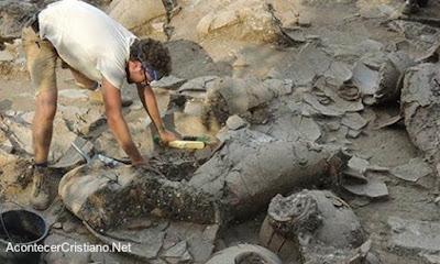Descubren bodegas de vino de los cananeos en Israel