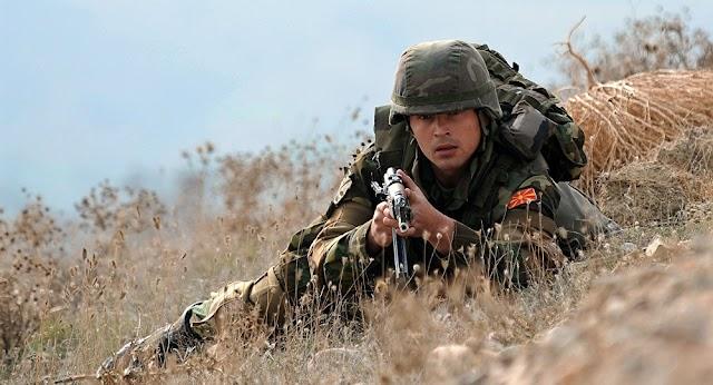 """""""Damit Moskau die Motten kriegt"""": Rätseln um Nato-Vorgehen im Fall Mazedonien"""