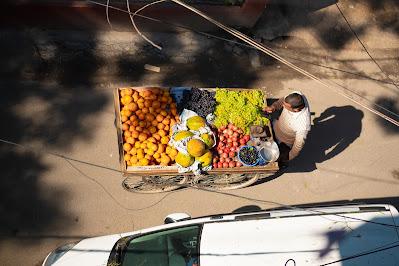 Street trader by  Bhaumik Kaji