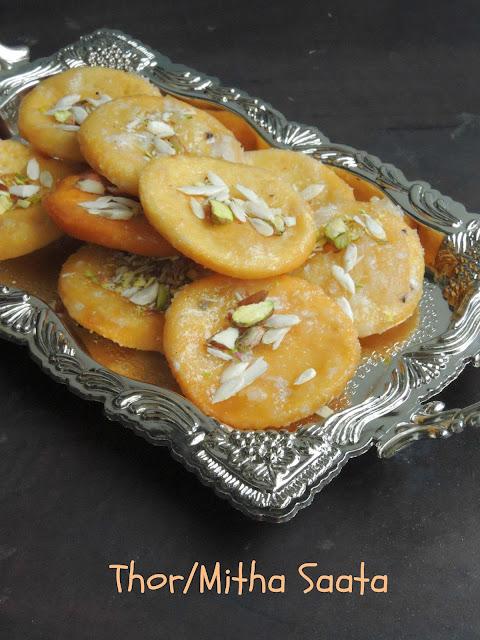 Mitha Saata, Sweet Pastries