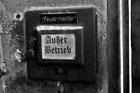 http://fineartfotografie.blogspot.de/2013/06/feuermelder-auer-betrieb.html