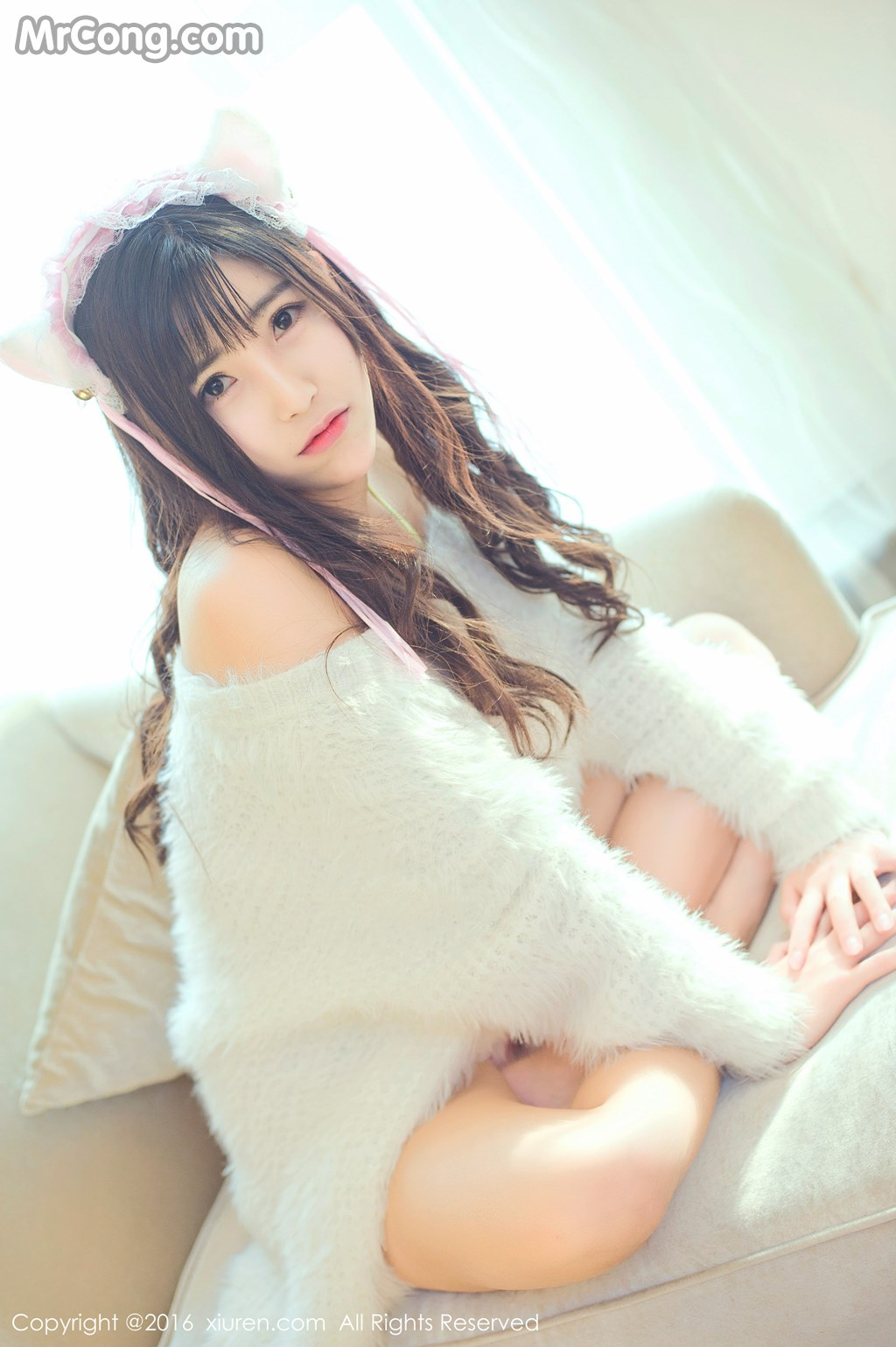 Image MrCong.com-XIUREN-No.649-You-You-YOYO-002 in post XIUREN No.649: Người mẫu You You (悠悠YOYO) (61 ảnh)