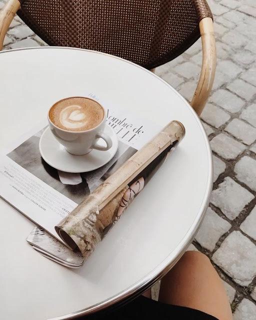 kawa, przerwa na kawe, spotkanie przy kawie