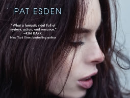 The dark heart, book 1 : A hold on me de Pat Esden