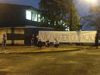 Estudantes se mobilizam e impedem que marginais de esquerda ocupem colégio no sul do Paraná