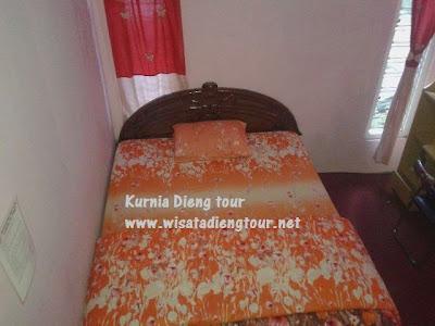 tempat tidur siti hinggil dieng