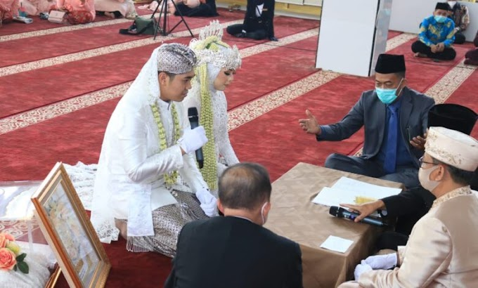Bupati Subang jadi saksi pernikahan dr. Annisa Aulia Listiani dan Satria Aditya Pradana S.Stp