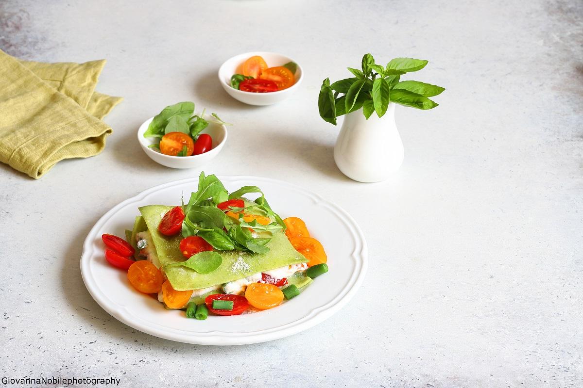 Lasagne alla rucola e ricotta, fagiolini e pomodori