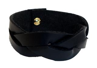 Bracelet tressé en cuir fermé noir
