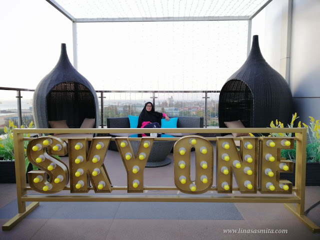 Sky One Lounge Batam