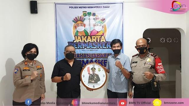 Dirbinmas Polda Metro Jaya Kunjungi Kampung Tangguh, Gerakkan Jakarta Bermasker.