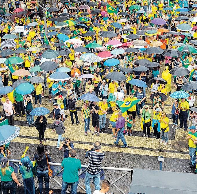 Decisão do STF é alvo de protesto em Campinas