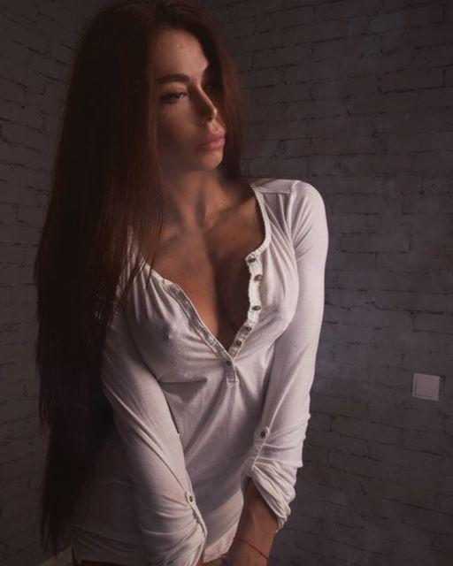 Bikini Fitness model ELENA