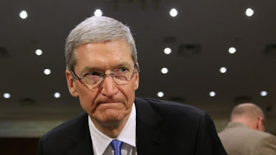 Head of Apple: had threatened to resign if the FBI succeeded in decoding Apple iphones blade.