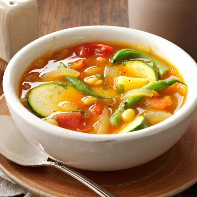 #cooking from scratch; healthy summer meal, summer soup recipe https://www.tasteofhome.com/recipes/summer-vegetable-soup/